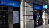 Каталонский банк движется юридических штаб в Алматы